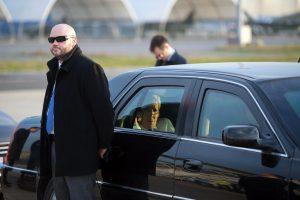 охранник водитель с разрешением 6 разряд